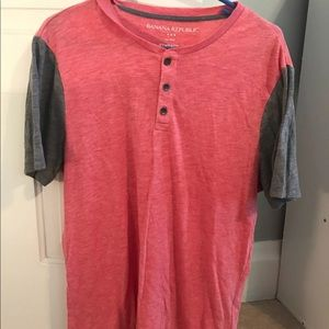 Short Sleeve Banana Republic shirt - medium